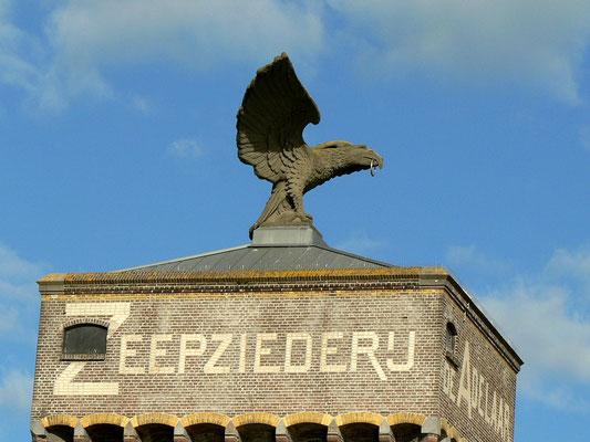 Das Wahrzeichen der ehemaligen Seifenfabrik de Adelaar