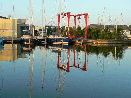 Morgens im Hafen Molenaar
