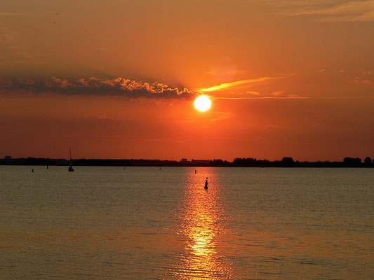 Sonnenuntergang über die Gouwzee