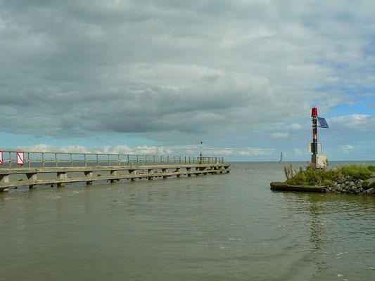 Hafen Ein-und Ausfahrt
