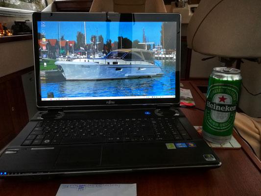 """Auch im Urlaub immer für die Gruppe """"Wassersport in den Niederlanden"""" da"""