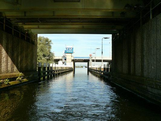 Kaager Spoorbrug und Rijksbrug