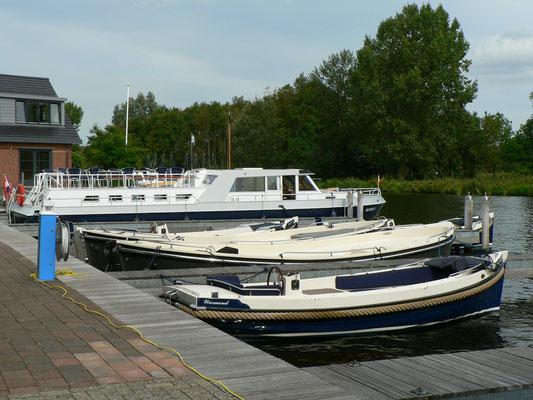 Im Hafen von Olympia Charters