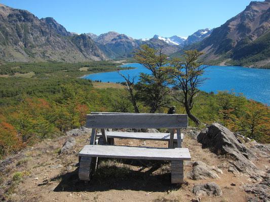 View on Lago Jeinimeni