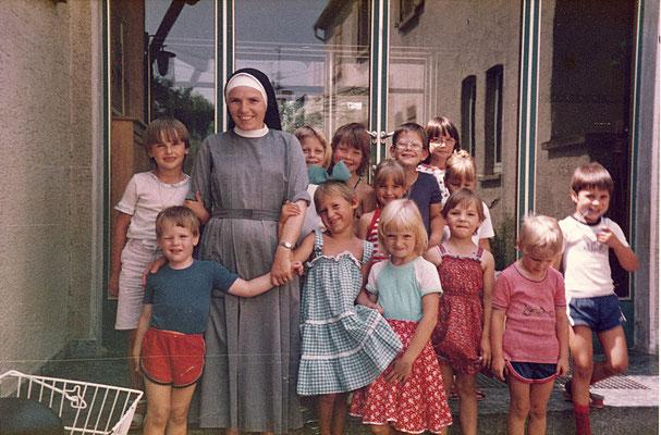 Als der Kindergarten noch in der Schulzenstraße war.