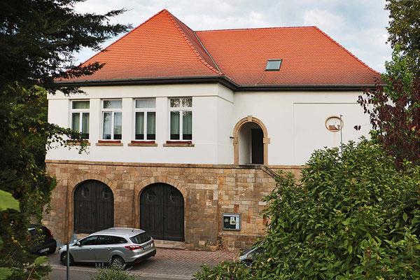 """Das """"Alte Schulhaus"""" in der Kirchstraße wird heute teilweise von Vereinen genutzt."""