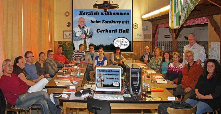 Die Teilnehmer beim Fotokurs im September 2010. Der nächste Kurs findet im Oktober 2019 statt