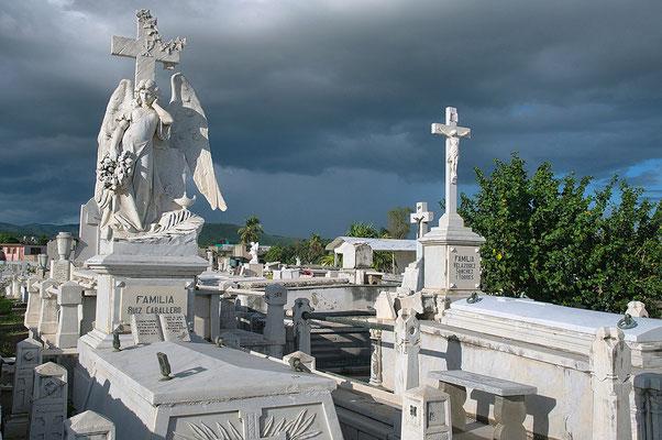 CementerioSantaIfigeniaSantiago-deCubaWerleHermann3.jpg