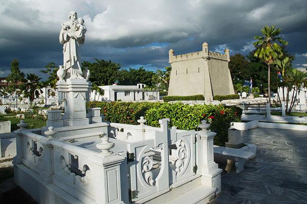 CementerioSantaIfigeniaSantiago-deCubaWerleHermann1.jpg
