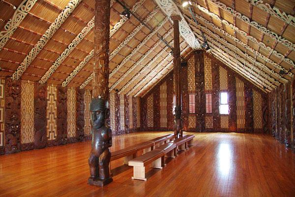04GerhHeilMaori-Haus-NZ1-125f4Iso1250