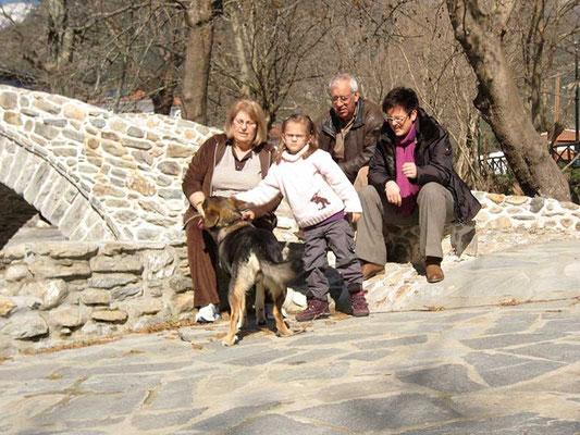 Zu Besuch bei Oma und Opa im Winter