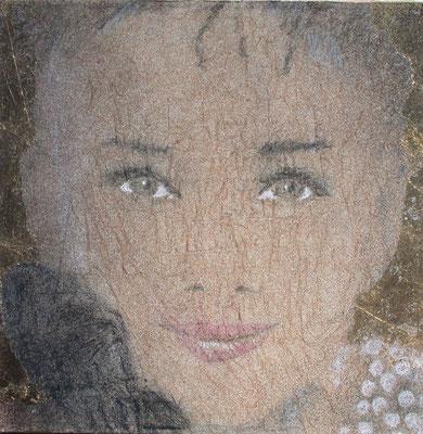 Audrey Hepbyrn, olio e oro in foglia su tela, cm 50x50