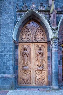 Tür der Basilika