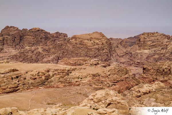Blick auf den Umm al-Biyara