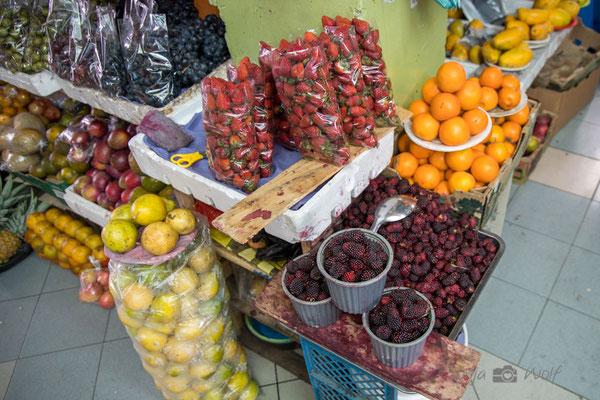 Erdbeeren und Mora