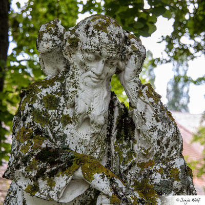 Statue im Schlosspark