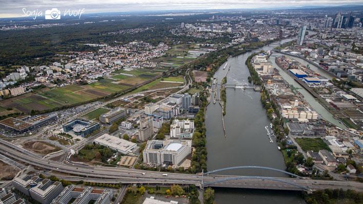 Offenbacher Main-Schleuse und Kaiserlei