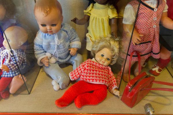 """""""Meine"""" alte Puppe im Museum  :-)"""