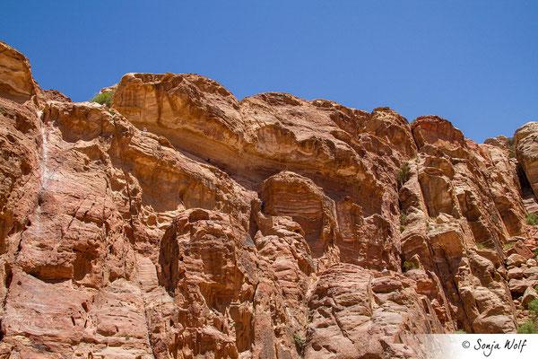 Abstieg über Felstreppen