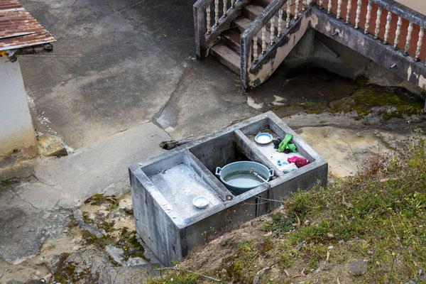 typisches Waschbecken