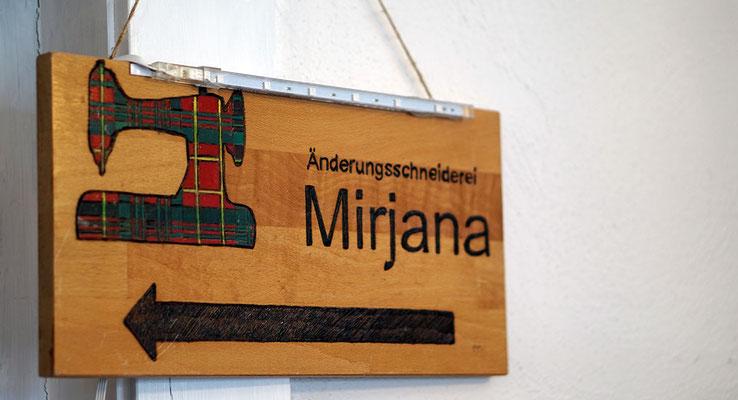Mirjanas Änderungsschneiderei Retro-Vintage-Stoffe Rothenburg - Schild
