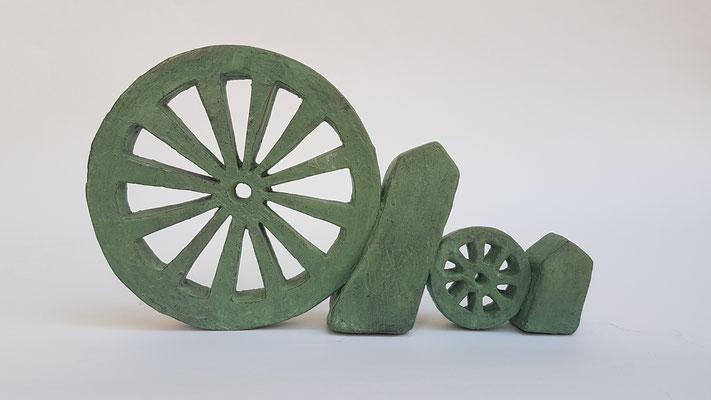 unaufhaltsam 2018, Bronze patiniert, 15x24x4cm, Galerie Horst Dietrich, Auflage 9