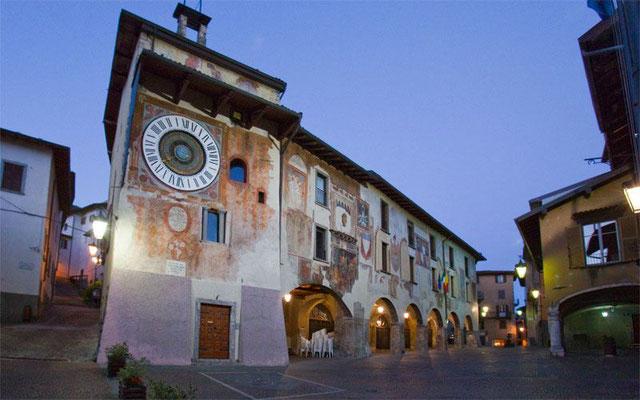 Casa San Giorgio Holiday House - Bedroom Holiday House AIR BNB Bed Breakfast Bergamo Pavia Milan Iseo Como Mantova Verona Garda Clusone
