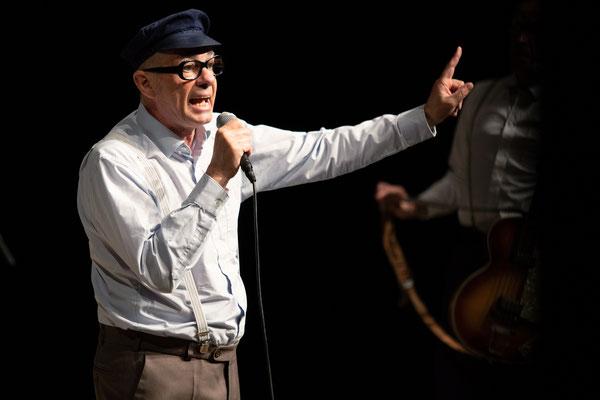 Herbert Knebel, Komiker und Entertainer