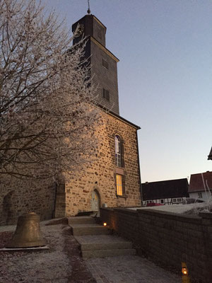 Hoffnungskirche im Winter