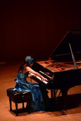Philia Hall (Japan) Recital Septemer 2014 Photo by Suzu Niiyama