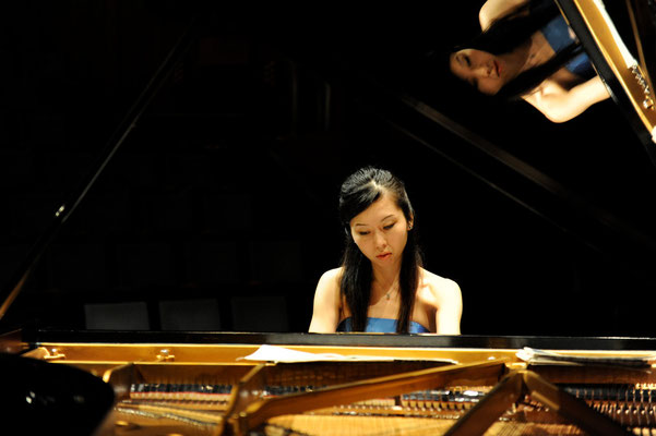 Wezikon, Switzerland Solo Recital February 2012