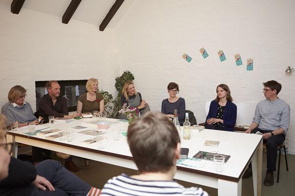Leseclub mit Marie-Alice Schultz (Autorin) und Peter Reichenbach (Moderation), Foto: Sophie Daum
