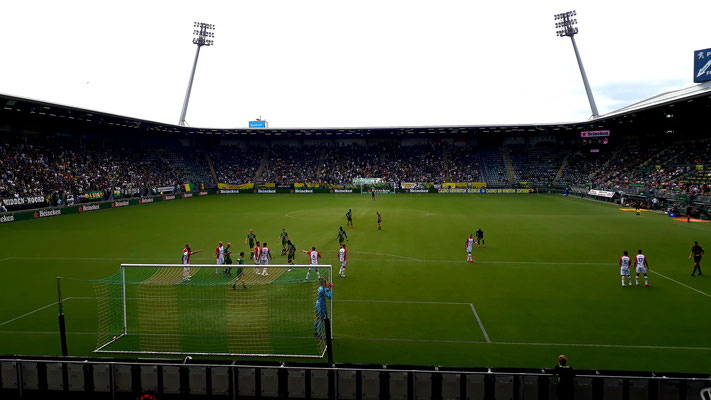 Cars Jeans Stadion, ADO Den Haag