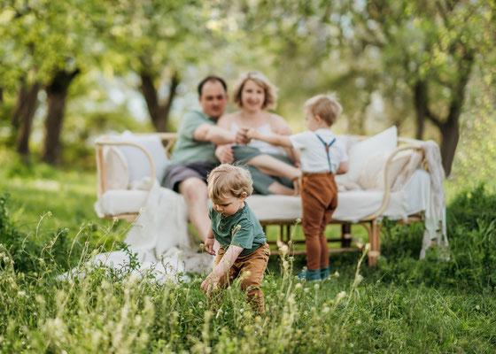 Familienfotos,Geschwisterbilder,Zwickau,Chemnitz,Gera,Familienfotograf,Lichtbildkuenstlerei,Fotografie,Babyshooting,Familienshooting