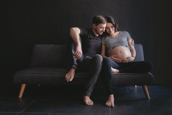 babybauchshooting,bauchfotos,schwangerschaft,schwangerschaftsshooting,Zwickau,hebamme,chemnitz,dickbauchdienstag,authentisch,Schwangerschaftsfoto