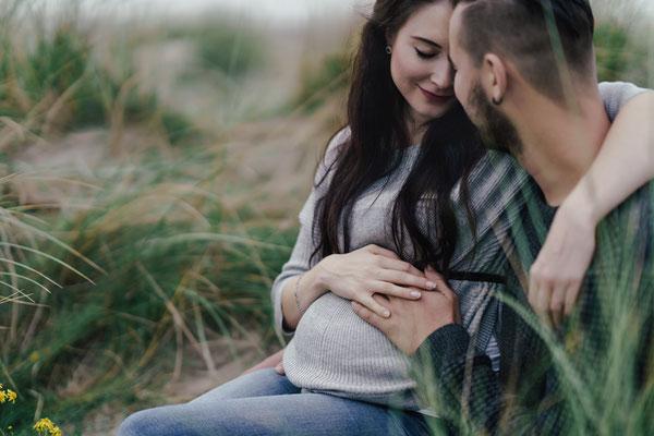 babybauchshooting,bauchfotos,schwangerschaft,schwangerschaftsshooting,Zwickau,hebamme,chemnitz,dickbauchdienstag,leipzig,authentisch,Schwangerschaftsfoto