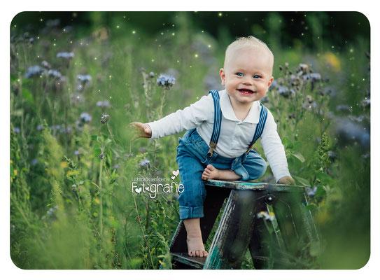 Kinderfotografie-Babyfotos-Fotostudio-Zwickau-Chemnitz-Gera-Jena-Outdoorfotos-Robert Schuhmann stadt-Lichtbildkuenstlerei-Fotografie