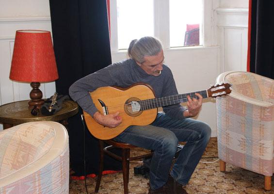 musikalische Begleitung von Roman Arthur Wiedemar
