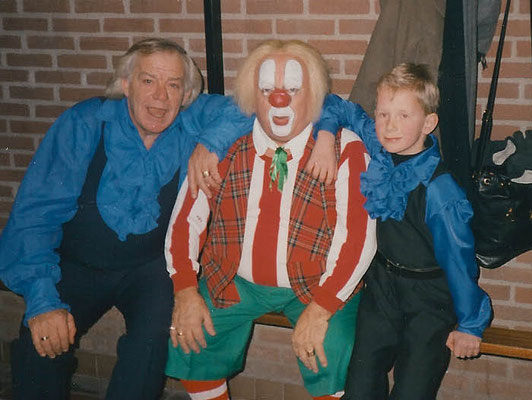 Adriaan en Adriaan junior in 1996 met Bassie in Maarn.