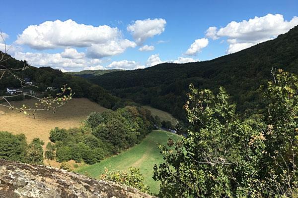 Blick ins Wiedtal im Naturpark Rhein-Westerwald