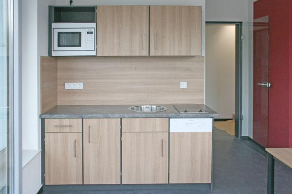 Küchenzeile in einer 1 Zimmerwohneinheit