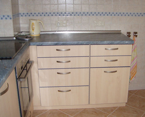 Küchenblock mit Arbeitsplatz