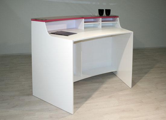 Kleiner Beratungstresen – weiß – mit roter Deckplatte