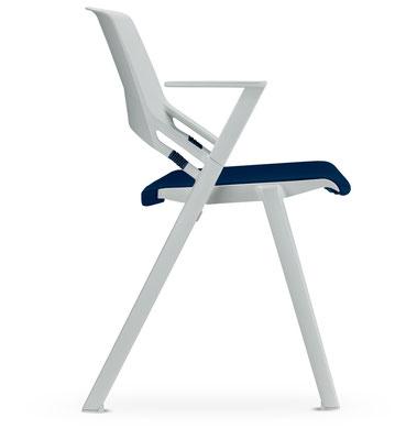 er ideale Kantinenstuhl in Vollkunststoff mit elastischen Rückenteil ohne oder mit unterschiedlichsten abnehmbaren Sitzkissen lieferbar – mit Armlehnen