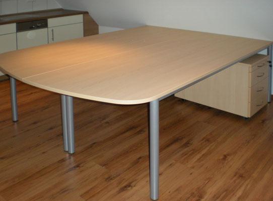 Doppeltischanlage gerundet