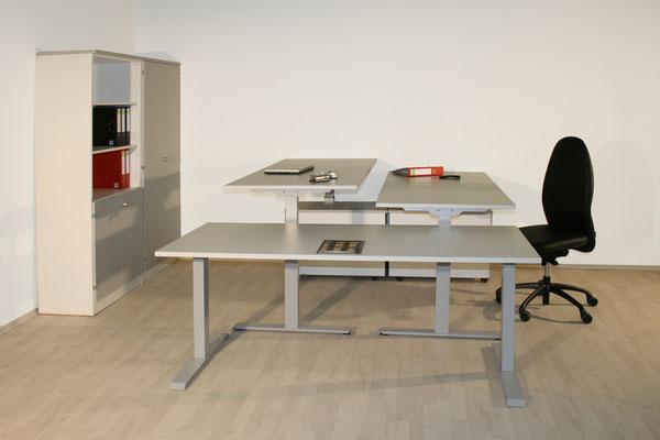 Elektrisch höhenverstellbarer Schreibtisch 1600x800x715 - 1215 mm - lieferbar in: weiß, weißgrau, lichtgrau, beige (Vanille), Ahorn, Akazie, Buche, Kirsche //ab € 798.--