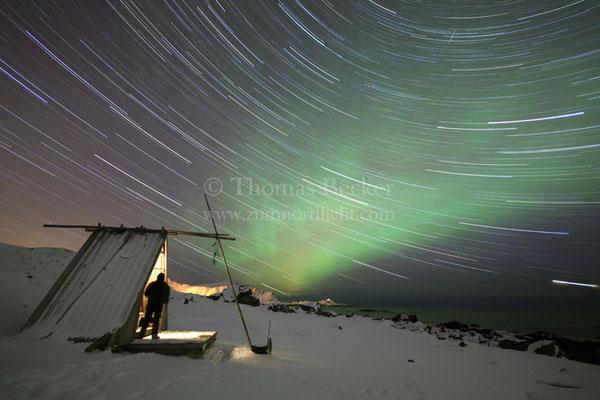 Sternstrichspuraufnahme mit Nordlicht - N3