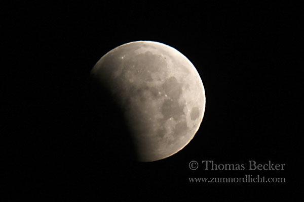 Partielle Mondfinsternis am 4. Juni 2012 - A25