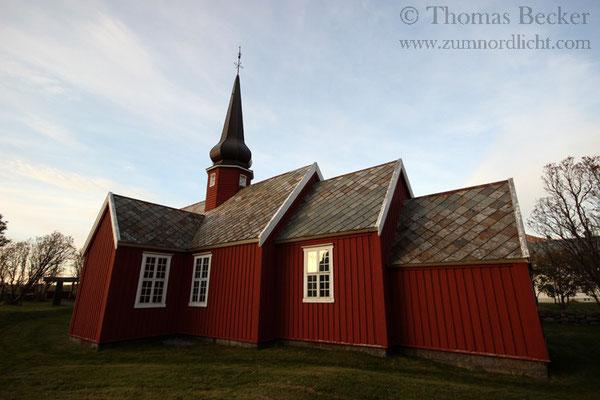 Die Kirche von Flakstad.