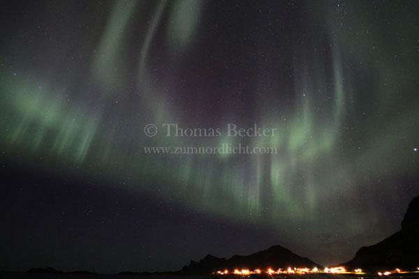 Strahlenförmiges Nordlicht - N19